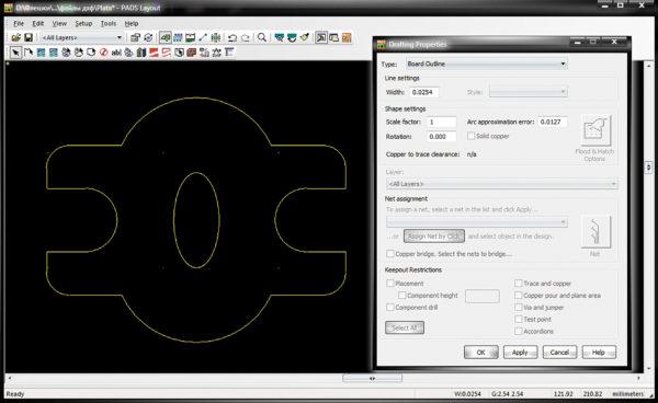 DXF-контур печатной платы в рабочем поле редактора PADS Layout и диалоговое окно Drafting Properties