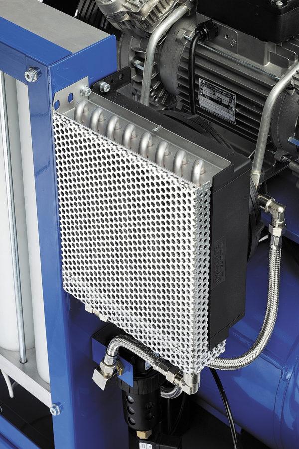 Радиатор охлаждения системы осушения воздуха компрессора VT250D