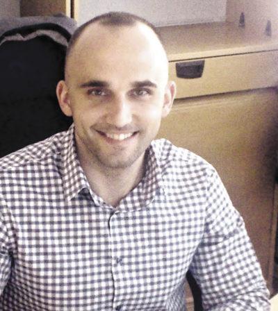 Марк ТоМба (Mark ToMba), ответственный за заказы печатных плат   в компании Stoneridge Electronics