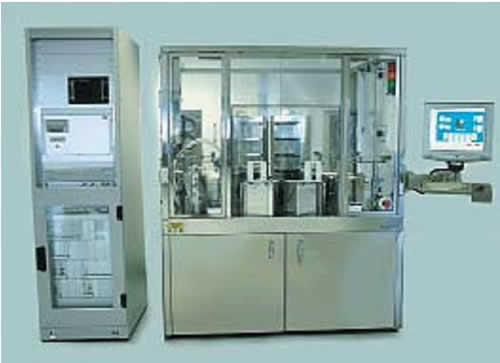 Система нанесения/проявления фоторезиста с интегрированными нагревательными плитами