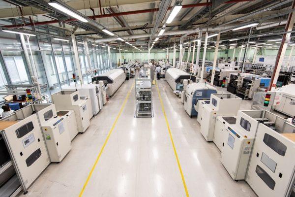 НПО «ЦТС» развернуло уникальную линию поверхностного монтажа для производства высокотехнологичных плат