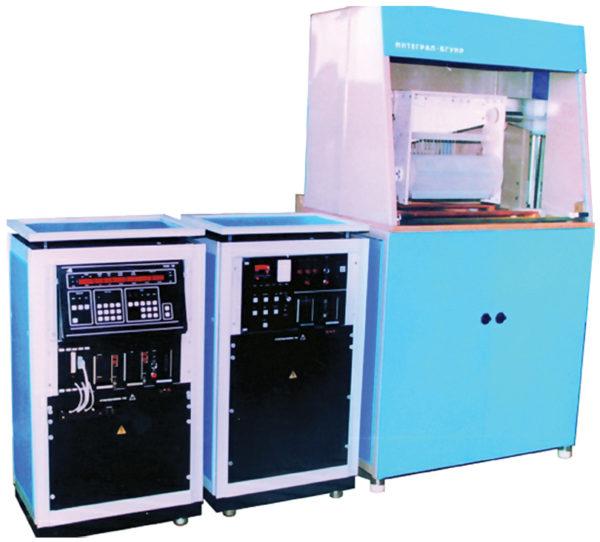 Программно-управляемая установка нестационарного электролиза
